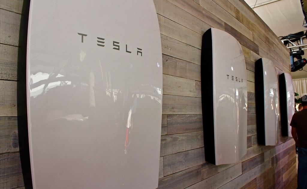 Tesla Powerwall Solar Battery